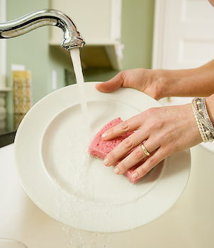 washing-dishes-web.jpg